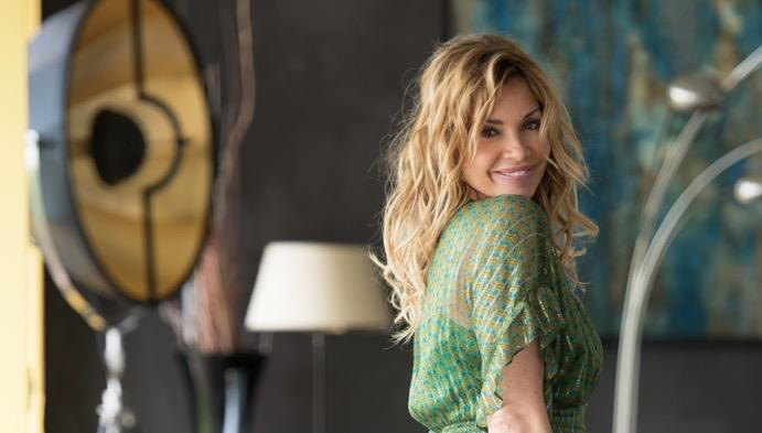 フランスの人気女優 イングリッド・ショーヴァン、オーガニックコスメ「PHYT'S」のミューズに就任!