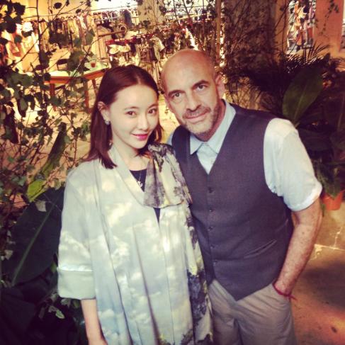 左:Christine Wei/クリスティン・ウェイ氏 右:ファッションデザイナー Antonio Marras/アントニオマラス