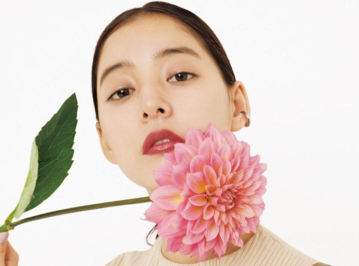 女優・新木優子(あらき ゆうこ)が纏う、 「SNIDEL(スナイデル)」2020年春コレクション。ACTRESS,MODEL FASHION