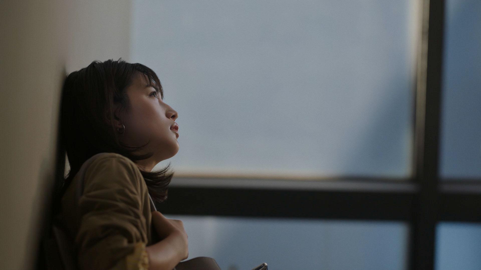 川口 春奈(かわぐち はるな)コンタクトレンズ『CREO(クレオ)』CM・ACTRESS(女優)