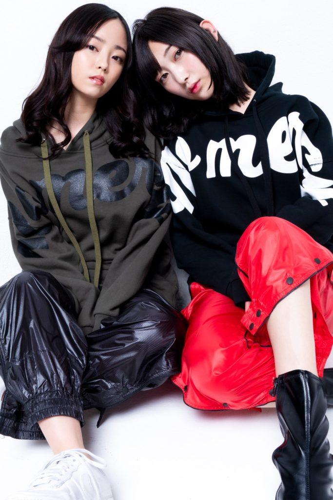 UVERworld TAKUYA∞のInstagram投稿で元同じアイドルグループで活動していたメンバー・今泉佑唯さんとのツーショット写真が投稿されていました