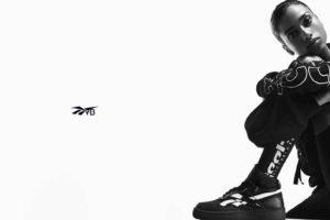 【「Reebok x Victoria Beckham」2020 SS COLLECTION】バスケットボールシューズをベースにシンプルでエッジのきいたカラーの「DUAL COURT MID II」