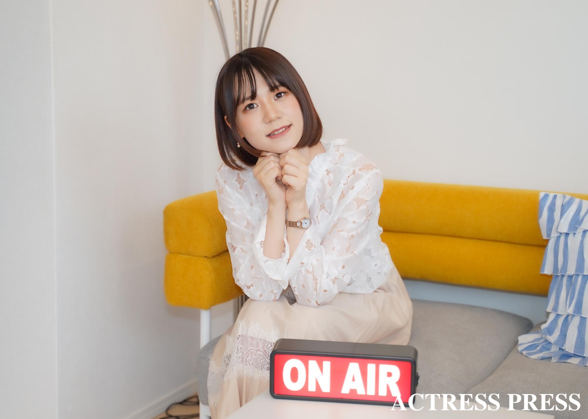 青木菜奈/Two Yショールームにて(2020年7月)/撮影:ACTRESS PRESS編集部