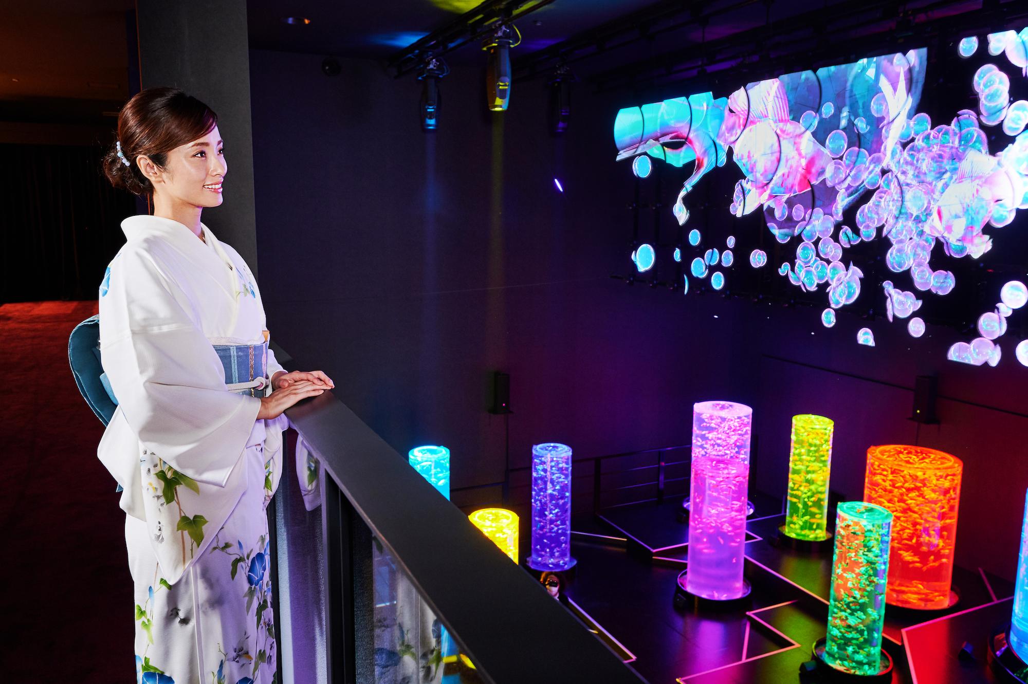 上戸彩、アートアクアリウム美術館のオープニング広報大使に就任