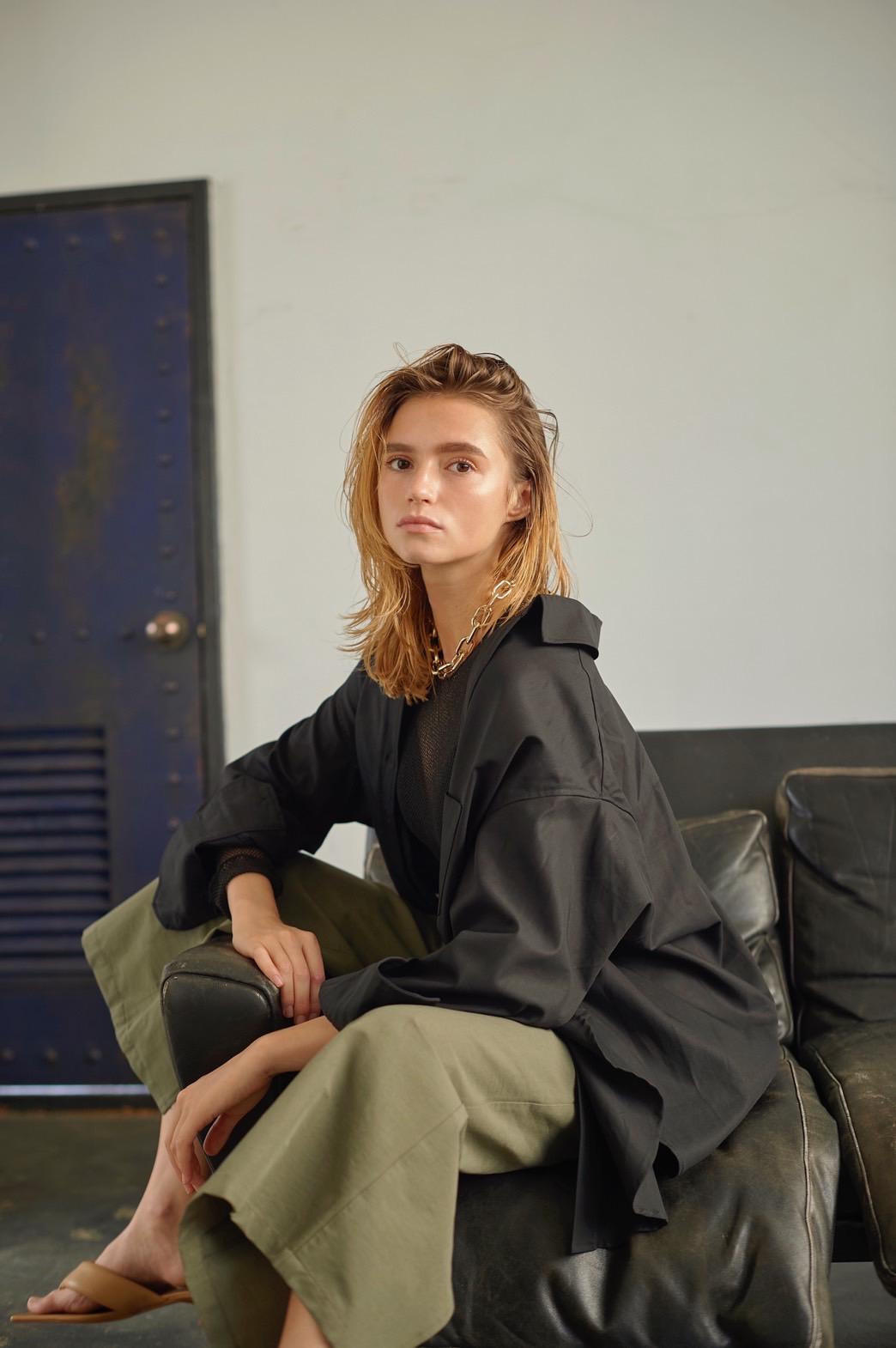 新山千春が企画・プロデュースするファッションブランド MEVOW