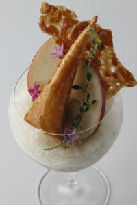 【エンポリオ アルマーニ カフェ青山】季節のパフェ・11月は「「リンゴのタタン、ベルガモット、アールグレイティーのパフェ」