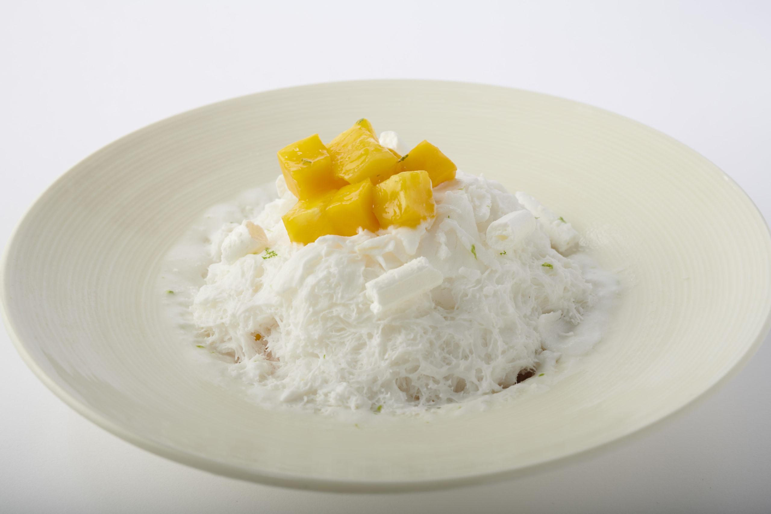 【エンポリオ アルマーニ カフェ 表参道】「南国フルーツのかき氷」